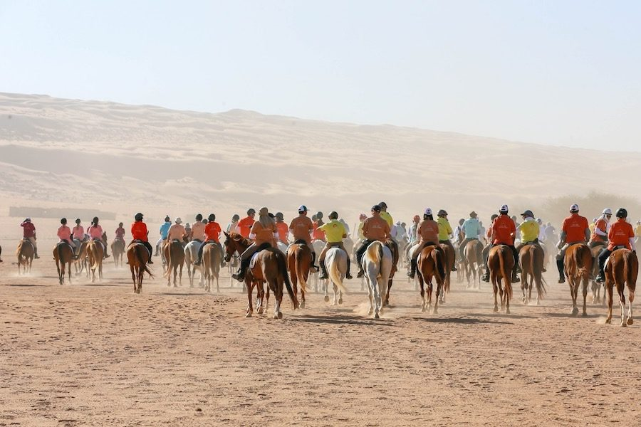 départ raid Gallops of Oman cavaliers
