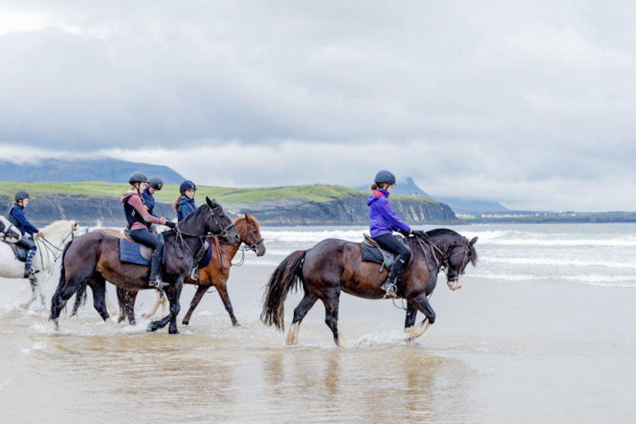 chevaux plage Donegal Irlande equitation